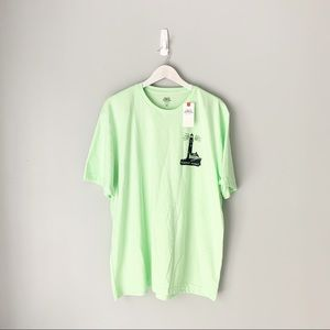 NWT Izod seamont point green short sleeved t shirt
